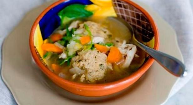 Classic Matzo Ball Soup Recipe