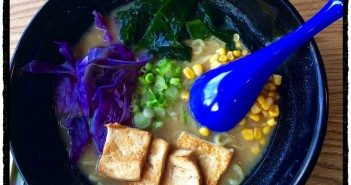 Vegan ramen, with cabbage, seaweed, corn, scallions and tofu!