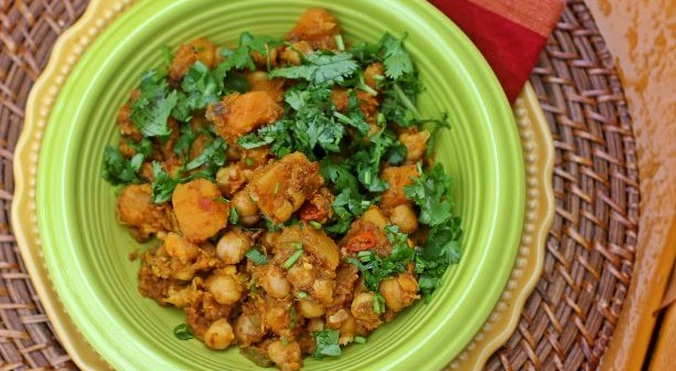 Curried Chickpeas with Red Kuri Squash