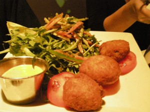 Crab Cakes with Red Pepper Aioli
