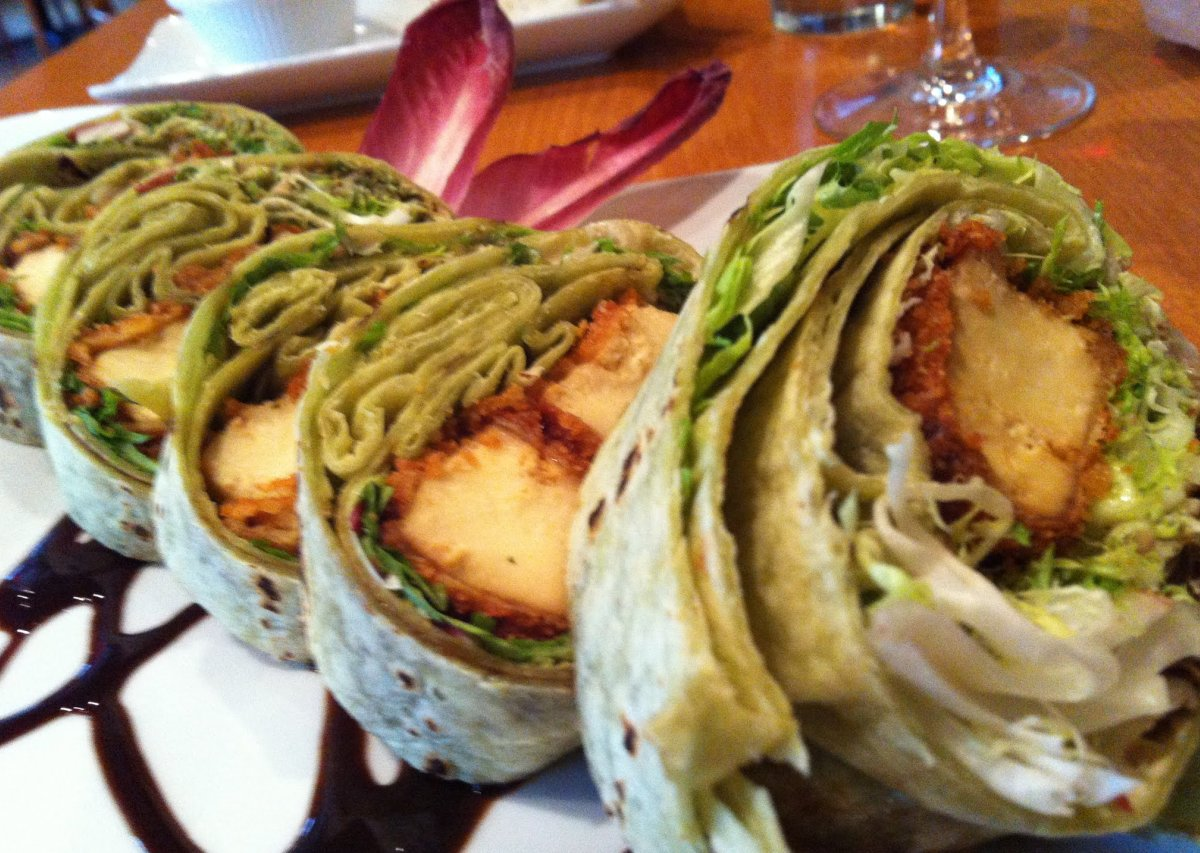 how to eat vegan at a sushi restaurant