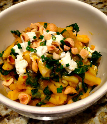 Pumpkin-Kale Pasta Sauce, Seasonal Chef, Maria Reina recipe