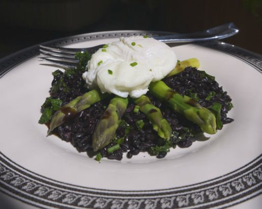 Asparagus, Black Rice and Poached Egg, Maria Reina