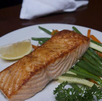 Frankie & Johnnie's Rye, Salmon