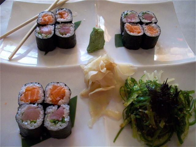 SpoonSushi&SeaweedSalad