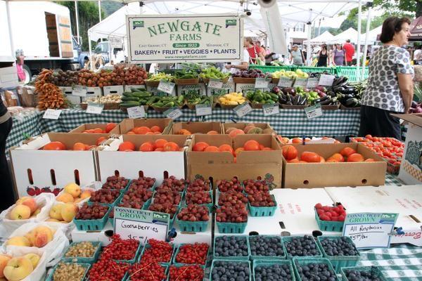 TJN 0612 farmers market LEDE horizontal