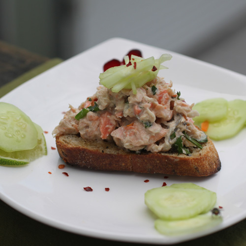 Thai Salmon Salad sq500