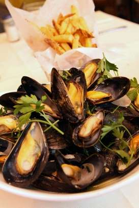 Mussels Mariniere appetizer