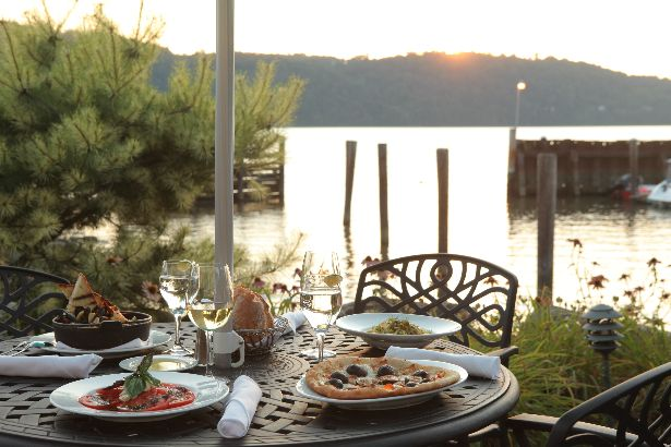 waterfront restaurants westchester, rockland and putnam