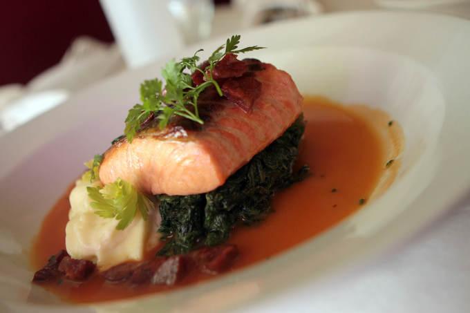 TJN 0412 RM-Restaurants