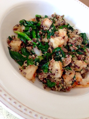 Spinach, Quinoa and Shrimp Bowl