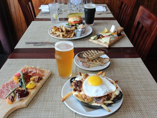 peekskill brewery food