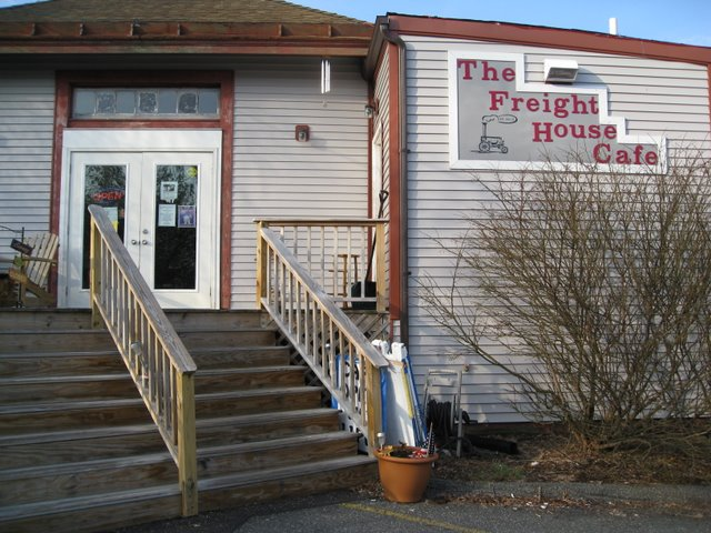 the freight house cafe