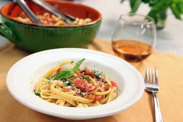 Seasonal Chef Recipe: Rustic Tomato Sauce
