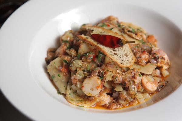 TJN 0819 NOTDS italian kitchen
